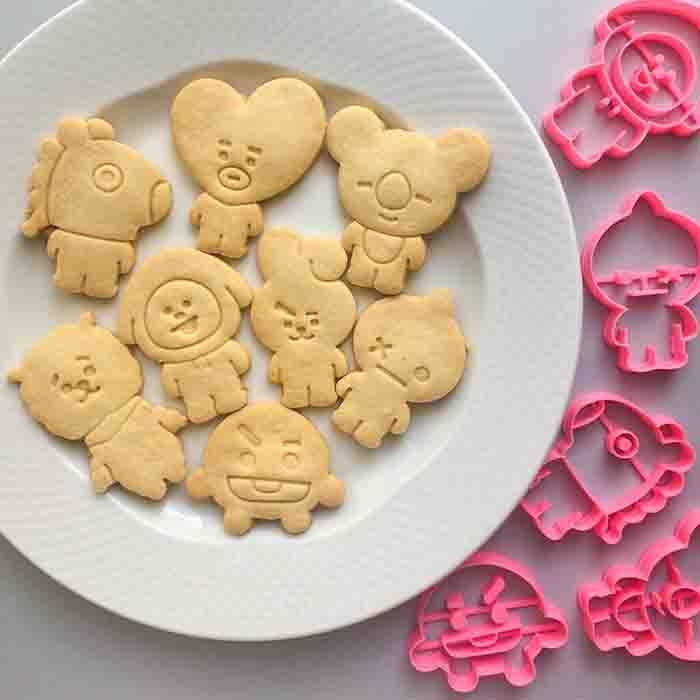 BT21 Cookie Cutters