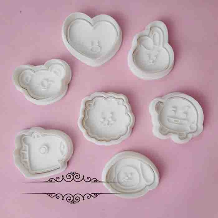 BT21 X BAKING MOULD